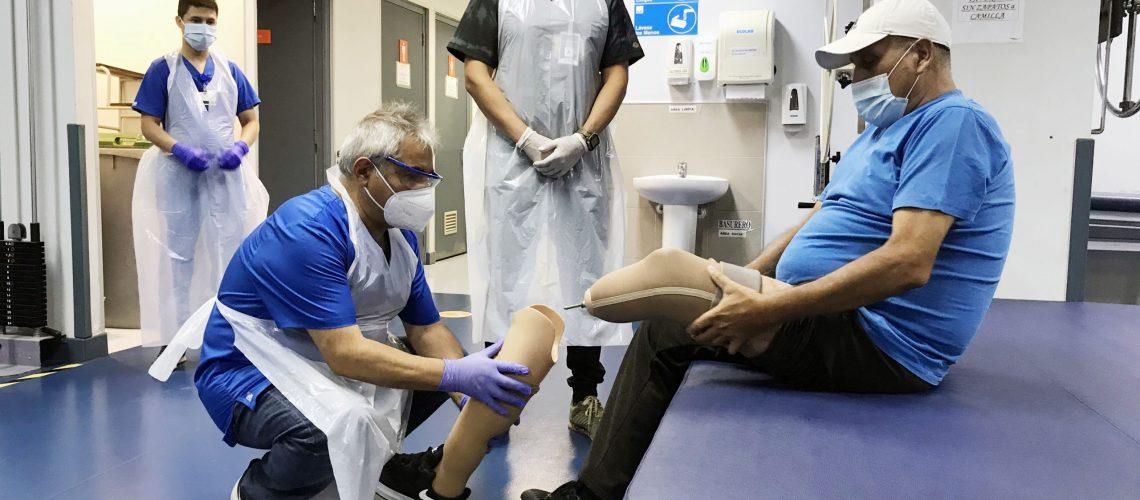 01 pablo muñoz en control de prótesis